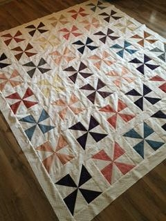 pinwheel quilt: paper pieced pattern: flying geese pattern: quilt patterns: circling geese pattern: no curved piecing circling geese: www.fortheloveofgeese.com: red and white medallion quilt